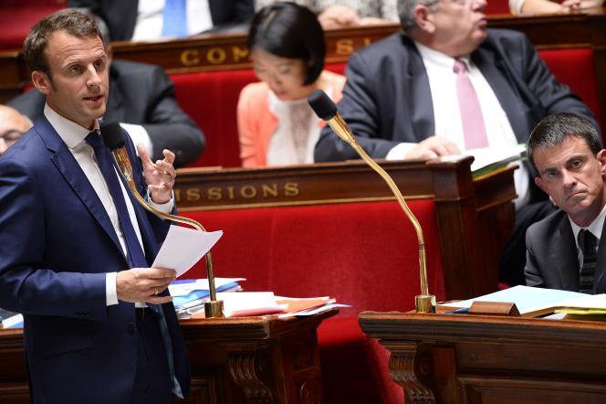 Le ministre de l'économie, Emmanuel Macron, à l'Assemblée nationale, le 10 juin.