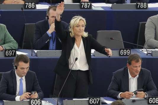 Marine Le Pen au Parlement européen de Strasbourg, le 10 juin 2015.