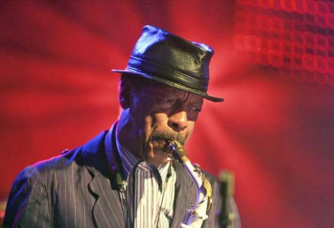 Le saxophoniste Ornette Coleman au Festival de jazz Montreux, en Suisse, le 2 juillet 2006.