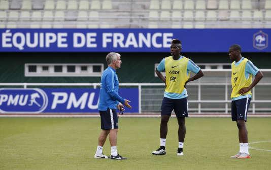 Didier Deschamps a lancé beaucoup de joueurs de 23 ans ou moins en équipe de France, parmi eux, Paul Pogba et Geoffrey Kondogbia.