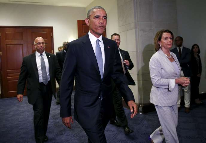 Barack Obama, en compagnie de la leader des démocrates à la Chambre des représentants, Nancy Pelosi, le 12 juin.