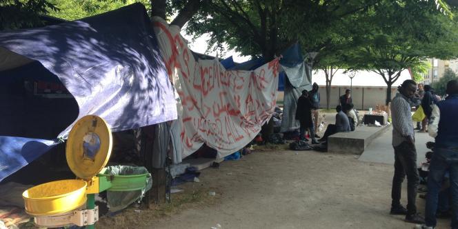 Au campement rue d'Eole, samedi 3 juin.
