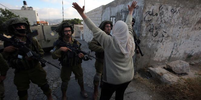 Une jeep de l'armée israélienne a renversé et tué un Palestinien dimanche 14 juin en Cisjordanie dans le village de Qafr Malik.