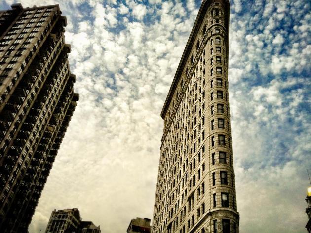 A New York, le célèbre Flatiron Building abrite les studios américains de Bottega Veneta et la marque Tomas Maier.