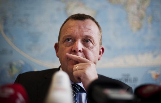 Sous la pression de l'extrême droite, le nouveau gouvernement danois, dirigé par Lars Lokke Rasmussen, a décidé de réduire l'aide internationale et celle aux étrangers.