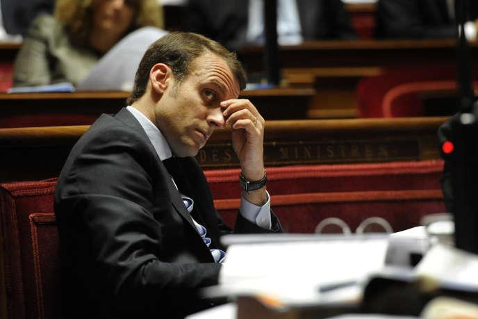 Emmanuel Macron,  ministre de l'économie, au Sénat le 6 mai.