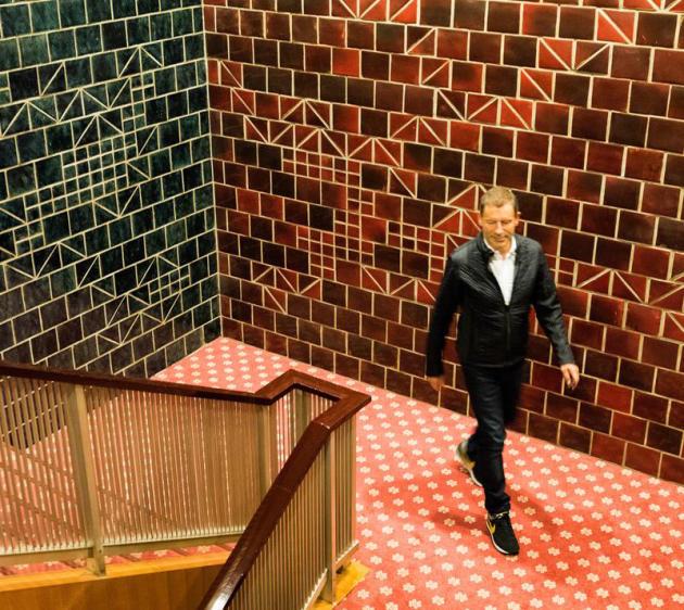 """""""La clef de la réussite pour une marque, c'est d'avoir sa propre identité, sa personnalité"""", explique Tomas Maier (ici à l'hôtel Okura à Tokyo, en 2015), le directeur artistique de Bottega Veneta qui a, parallèlement, développé sa propre marque."""