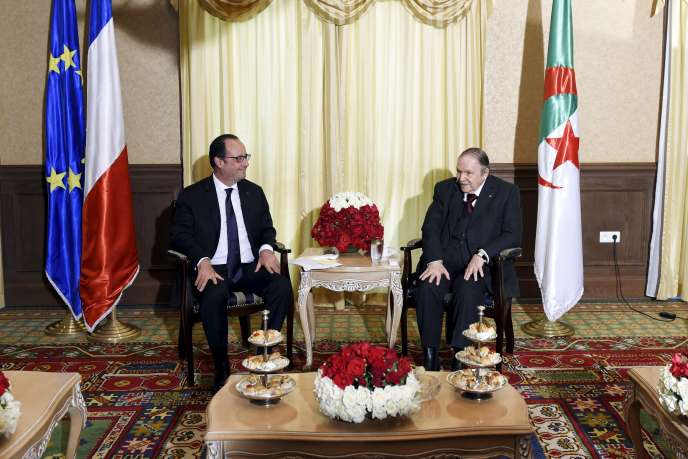 François Hollande et Abdelaziz Bouteflika à Alger le 15 juin 2015.