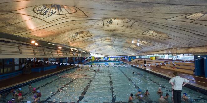 La piscine Roger-Le Gall, dans le 12e arrondissement, une des 39 piscines municipales parisiennes.