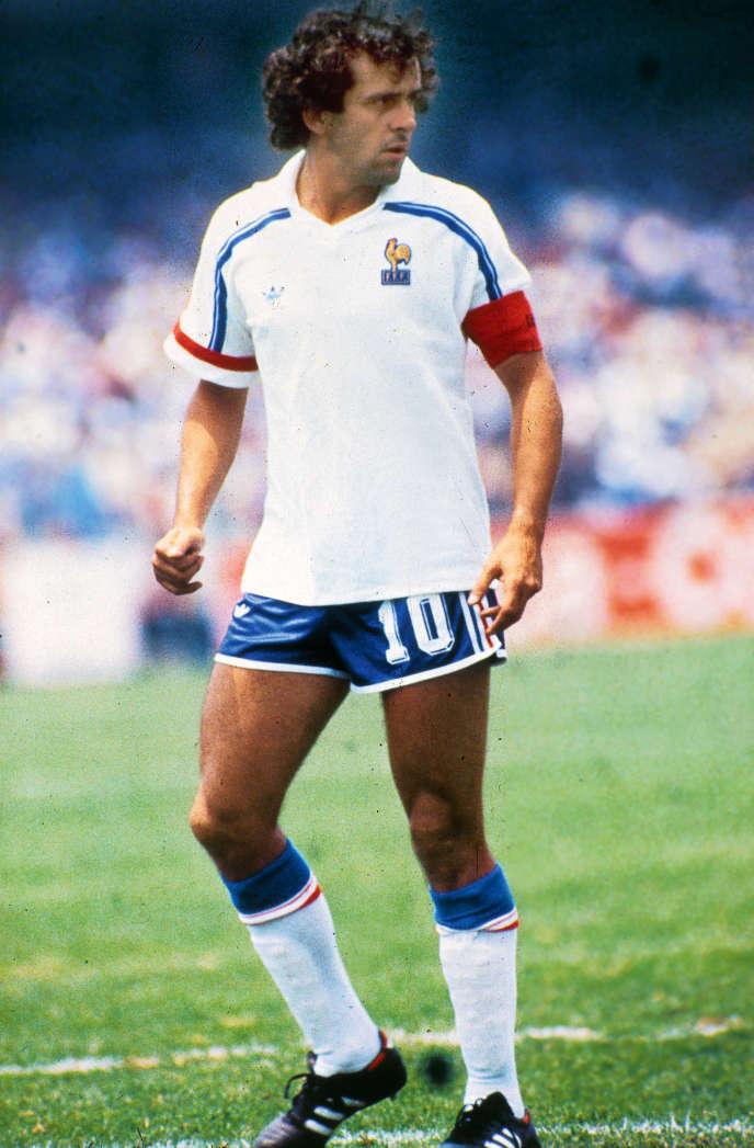 Michel Platini en juin 1986. Il était alors capitaine de l'équipe de France pendant la Coupe du monde au Mexique.