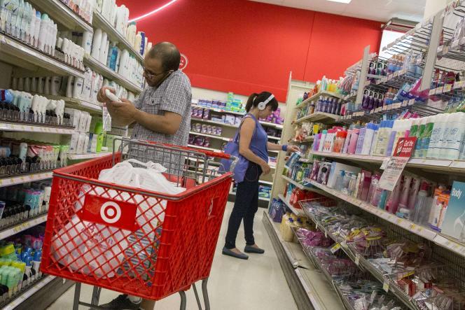 La consommation américaine est tirée par la souscription d'assurances de santé dans le cadre de l'Obamacare. Il s'agit du deuxième poste de dépenses, qui représente 20% du total.