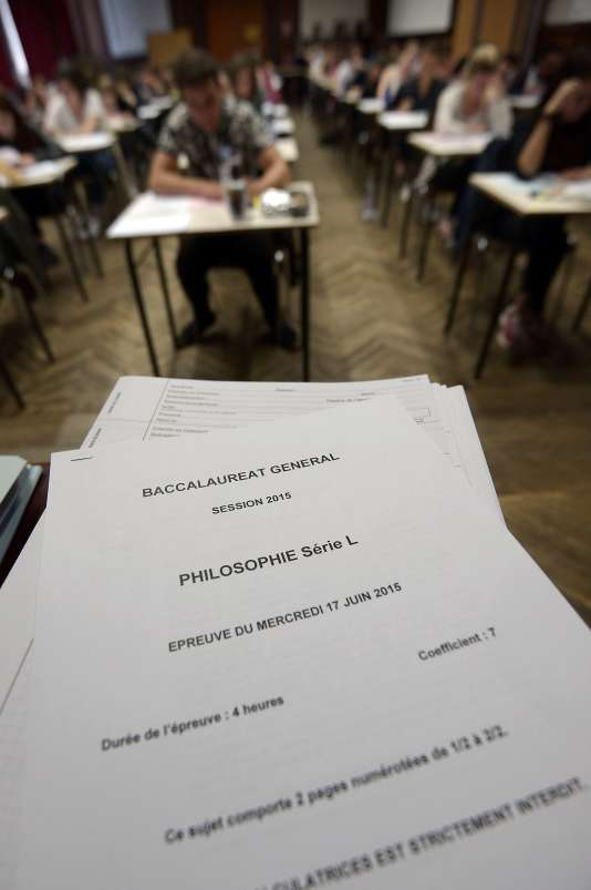 Epreuve de philosophie du bac 2015 au lycée Fustel-de-Coulanges à Strasbourg.