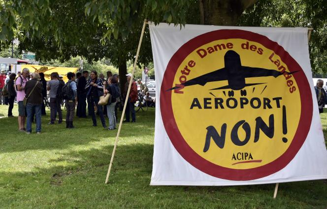 Manifestation d'opposants au projet d'aéroport à Notre-Dame-des-Landes, le 17 juin à Nantes.