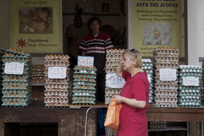 Dans un marché du centre d'Athènes, vendredi 19 juin.
