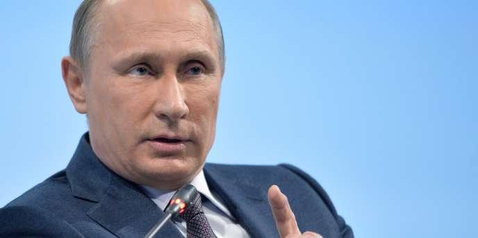 Vladimir Poutine, le 19 juin à Saint-Petersbourg.