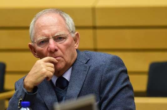 Le ministre allemand des finances, Wolfgang Schauble, prend part à une réunion de l'Eurogroupe d'urgence sur la Grèce lors du Conseil européen à Bruxelles , le 22 Juin , 2015. AFP PHOTO / Emmanuel Dunand