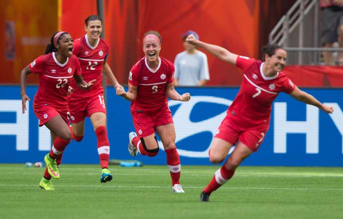 Josée Bélanger est l'une des trois joueuses québecoises de l'équipe du Canada.