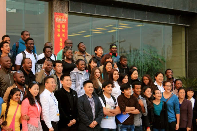 La Chine va attribuer d'ici trois ans 18 000 bourses supplémentaires à des étudiants africains.