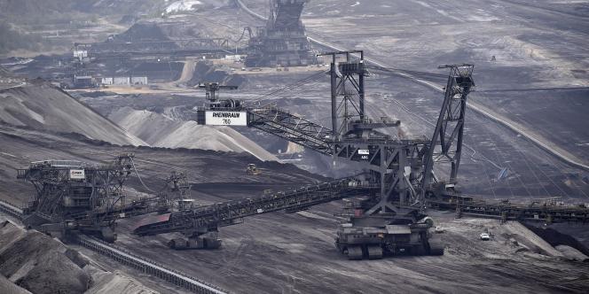 Photo d'une mine de charbon à Garzweiler, dans l'ouest de l'Allemagne.