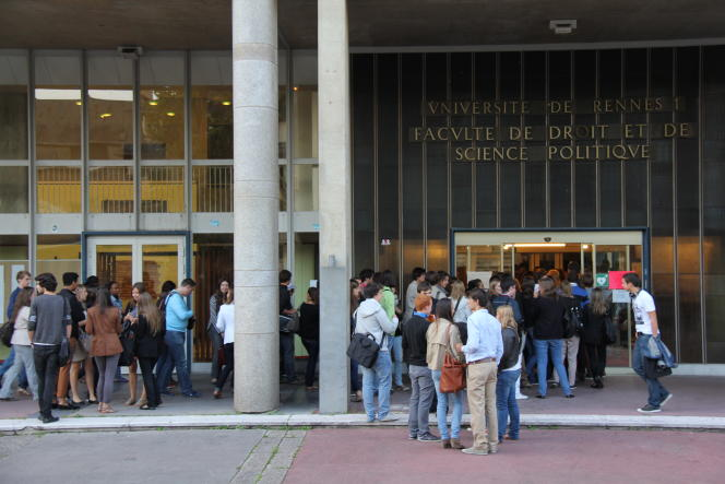 Rentrée universitaire 2011 à la Faculté de droit et de science politique de Rennes 1.
