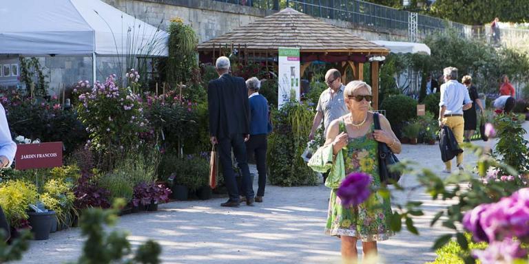 « Jardins, jardin aux Tuileries ».