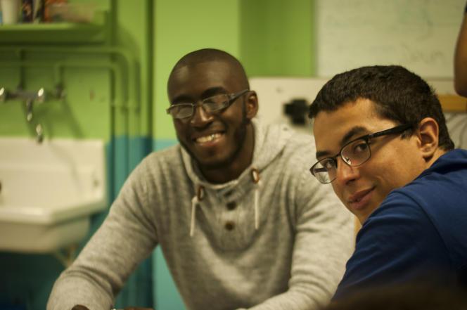 Gata Fofana (à gauche) et Samy Zarouri (à droite), les deux fondateurs de l'association Excelsior