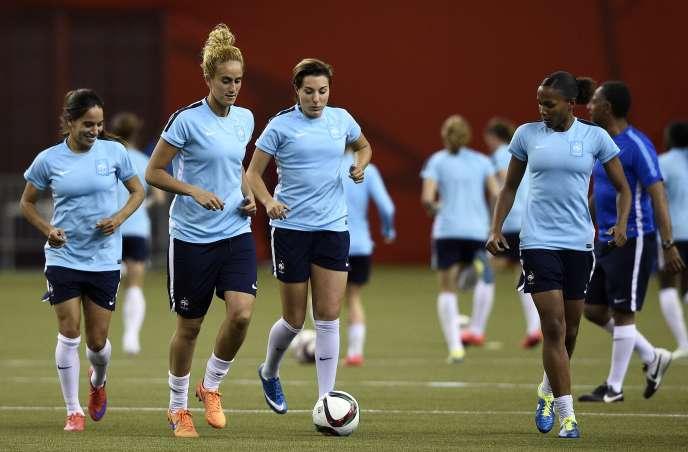 L'équipe de France affronte l'Allemagne vendredi soir, lors des quarts de finale de la Coupe du monde de football.
