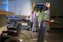 «Est-il encore acceptable que le médecin qui passe, parfois, le moins de temps dans son service en raison de ses multiples responsabilités puisse demeurer à sa tête, souvent jusqu'à sa retraite ? » (Photo: les urgences à l'hôpital du Nord, à Marseille, 2014).