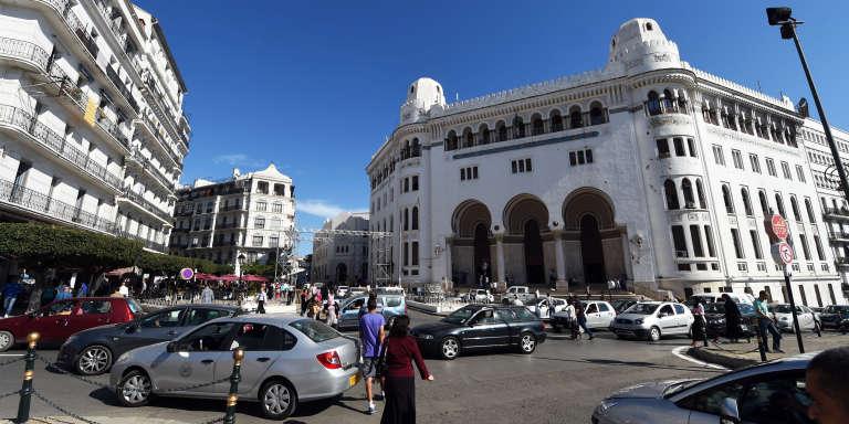 La grande Poste d'Alger, au centre-ville de la capitale.