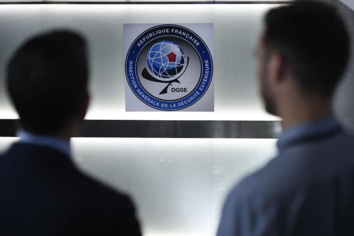 Selon « L'Obs », l'accord pour surveiller des pans entiers d'Internet a été donné au plus haut sommet de l'Etat.