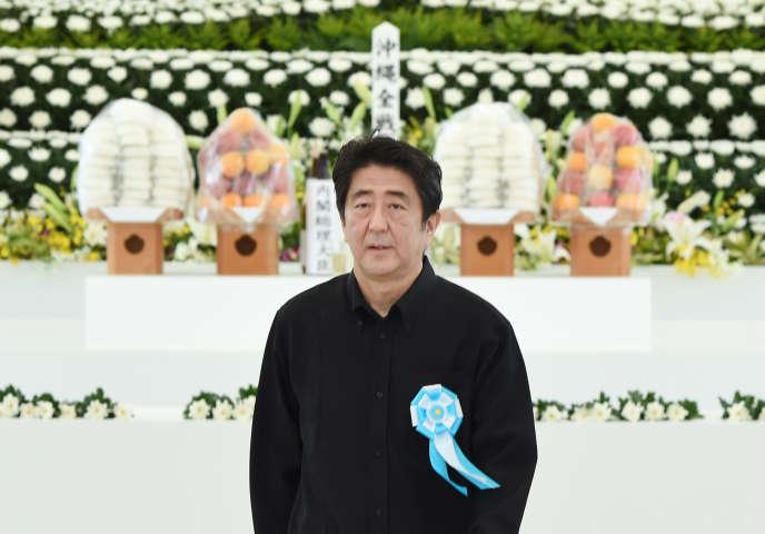 Shinzo Abe au mémorial de la paix d'Itoman, près d'Okinawa, le 23 juin.