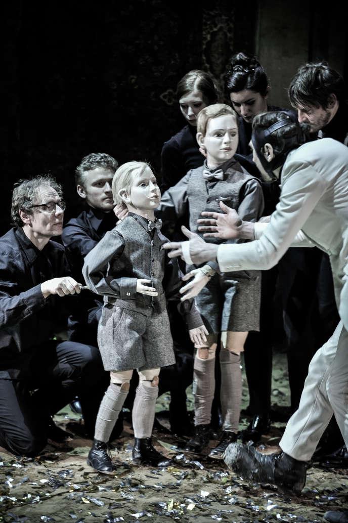 «Richard III», mis en scène par Thomas Ostermeier et présenté au Festival d'Avignon 2015,  sera diffusé le 13 juillet, à 22h40, sur Arte.