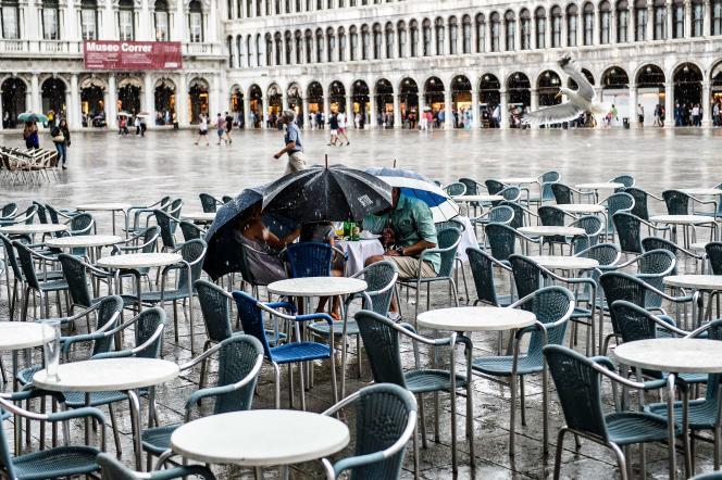 Sur la place Saint-Marc, à Venise, en 2015.