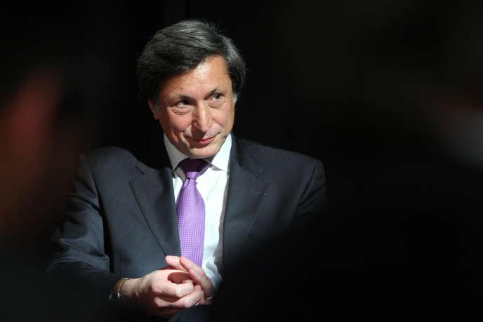 Le président de France Télévisions Patrick de Carolis a été mis en examen, en avril 2014, dans le volet « France Télévisions » du dossier Bygmalion, qui concerne par ailleurs le financement de campagne à l'UMP.