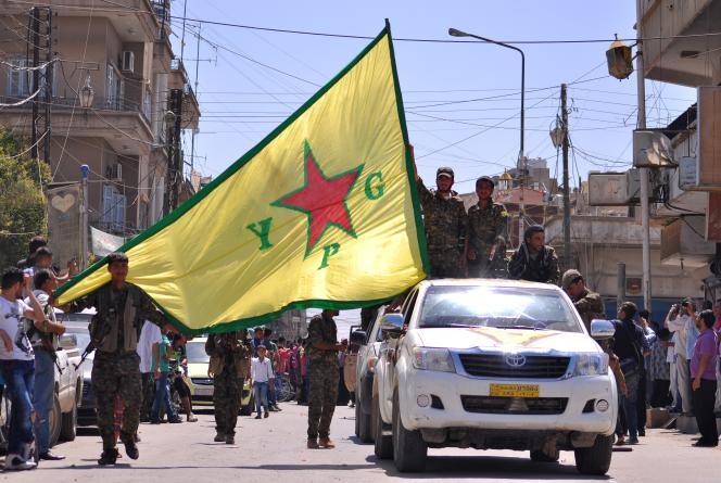 Les forces kurdes en Syrie (YPG) entretiennent des relations avec le Parti des travailleurs du Kurdistan (PKK), qui a lancé en 1984 une insurrection armée en Turquie.