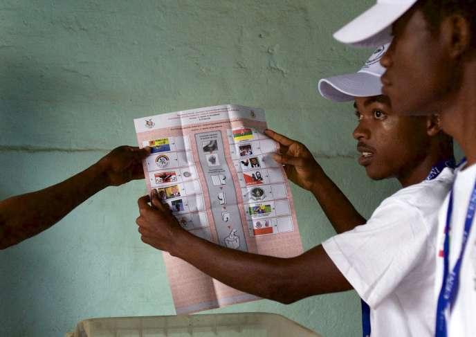 Décompte des voix des élections communales et législatives qui se sont tenues au Burundi le 29 juin.