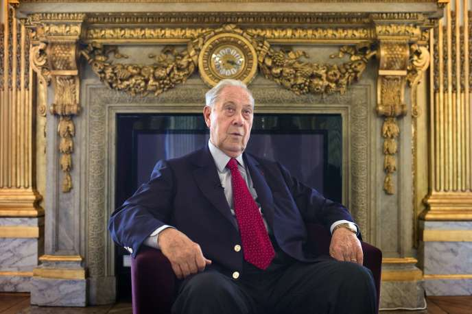 Charles Pasqua, dans les salons du Sénat, en septembre2011.