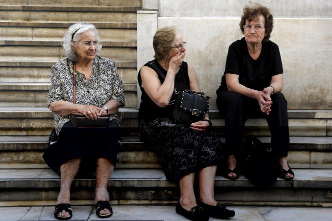 Lundi dernier, la Grèce acceptait l'objectif de solde budgétaire qui lui était proposé par les créanciers, avec de nombreuses propositions de relèvement et d'amélioration de la fiscalité, et l'allongement de la retraite de 62 à 67 ans.