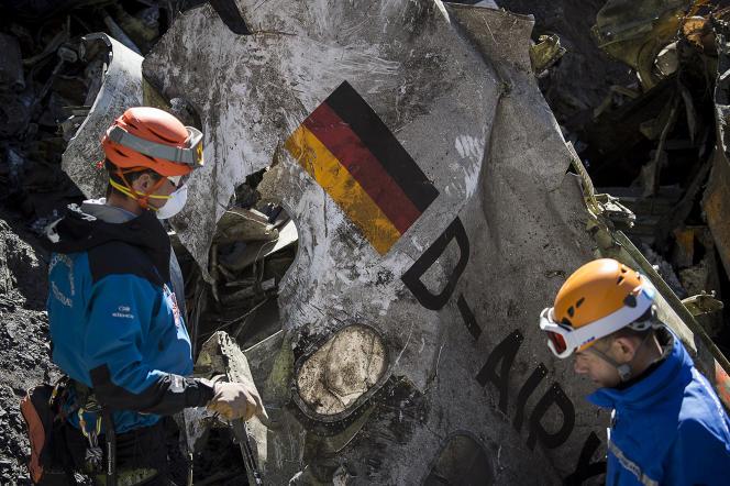 Cent cinquante personnes, dont 72 Allemands, sont mortes dans les Alpes françaises le 24mars, lors de l'accident de l'A320 de Germanwings.