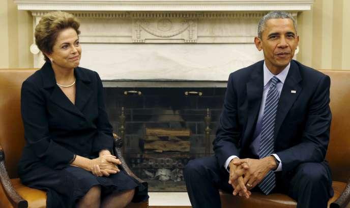 Le président américain, Barack Obama, et la présidente brésilienne, Dilma Rousseff, lors d'une rencontre à la Maison Blanche, le 30 juin.
