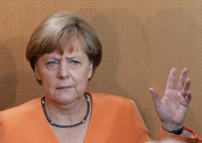 La chancelière allemande Angela Merkel annonce qu'il n'y aura aucune discussion et aucun accord avant la fin du processus de référendum.