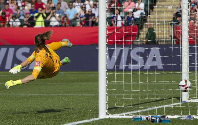 But sur penalty de la Japonaise Aya Miyama, durant la demi-finale de la Coupe du monde de football féminin au Canada.