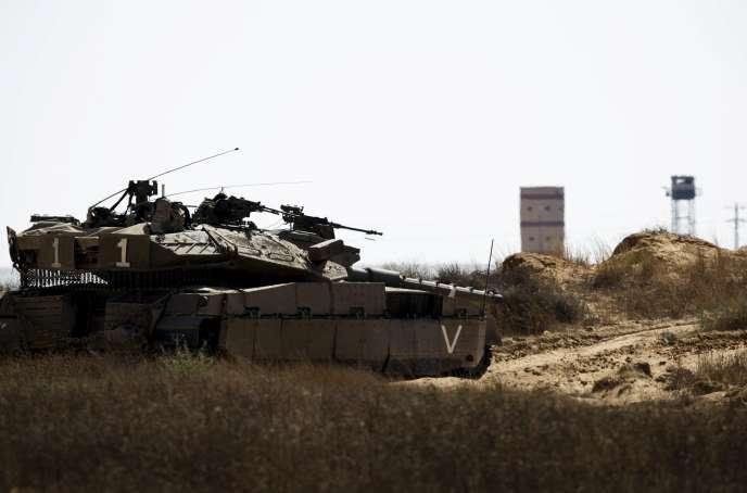 Un porte-parole militaire israélien a indiqué que deux roquettes tirées dans l'après-midi depuis le Sinaï avaient atteint le sud d'Israël sans faire de victime.