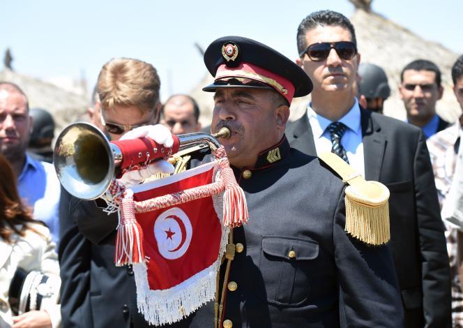 Une minute de silence avait été observée le 3 juillet dans la ville de Sousse, où une attaque terroriste avait fait 38 morts parmi des touristes.