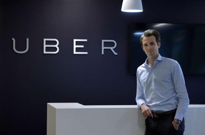 Thibaud Simphal, directeur général d'Uber France, dans leurs locaux à Paris, le 19 mai.