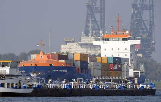 Des études révèlent que le carburant des navires, qui émet beaucoup d'oxydes de soufre, est à l'origine de 60 000 morts prématurées en Europe.