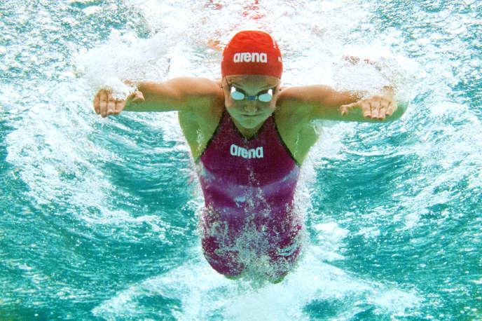 Mélanie Hénique le 8 avril 2014, pour les championnats de France de natation.