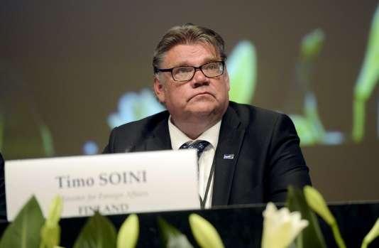 Timo Soini, le ministre des affaires étrangères finlandais et président du parti des Vrais Finlandais, à Helsinki le 6 juillet 2015.