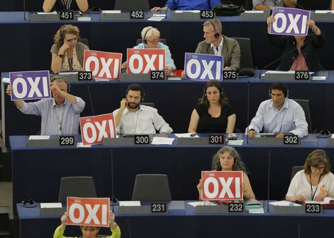 Au parlement européen de Strasbourg, le 6 juillet. En acceptant les conditions du sommet de la zone euro, Alexis Tsipras a ruiné une partie des espoirs qui avaient été mis en lui.