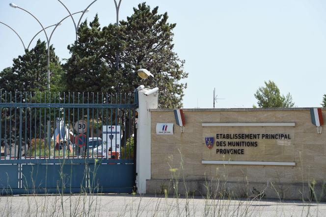 L'entrée du dépôt du service interarmées des munitions de Miramas.
